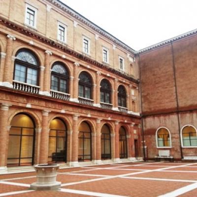 Blick in den Kreuzgang des Klosters Santa Maria della Carità - entworfen von Andrea Palladio
