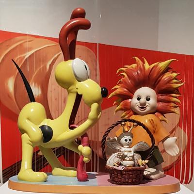 Jeff Koons Figuren in der Ca´ Pesaro