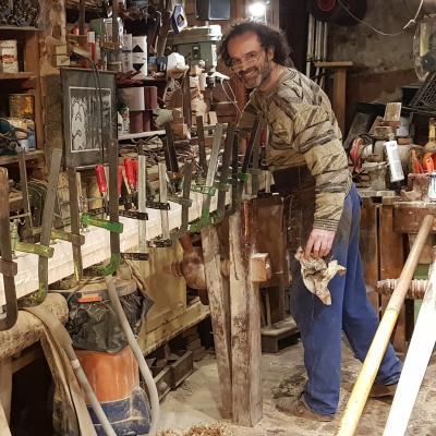 Paolo Brandolisio costruisce forcole