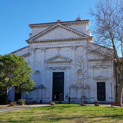 il vecchio duomo San Pietro